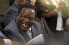 Zimbabwe's Mnangagwa adds to calls for Mugabe to go