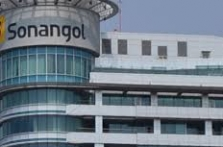 Angola trims May crude exports to boost OPEC compliance